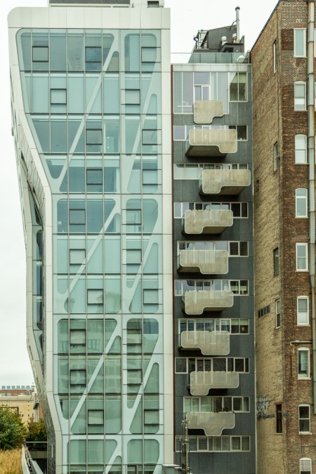 The High Line Architecture: HL23 next to High Line 519