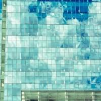 Glass House   Blurbomat.com