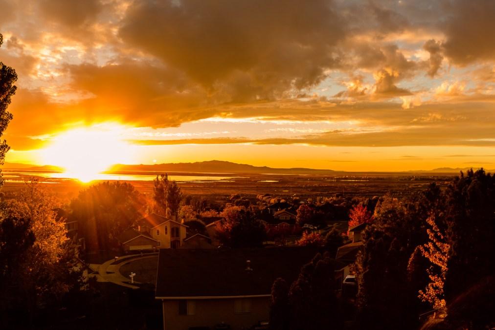 Autumn Sunset, Cue Fanfare