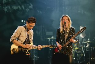 The Kills at Fox Theater 9/2/16. Photo by Michelle Shiers (@MichelleShiers) for www.BlurredCulture.com.