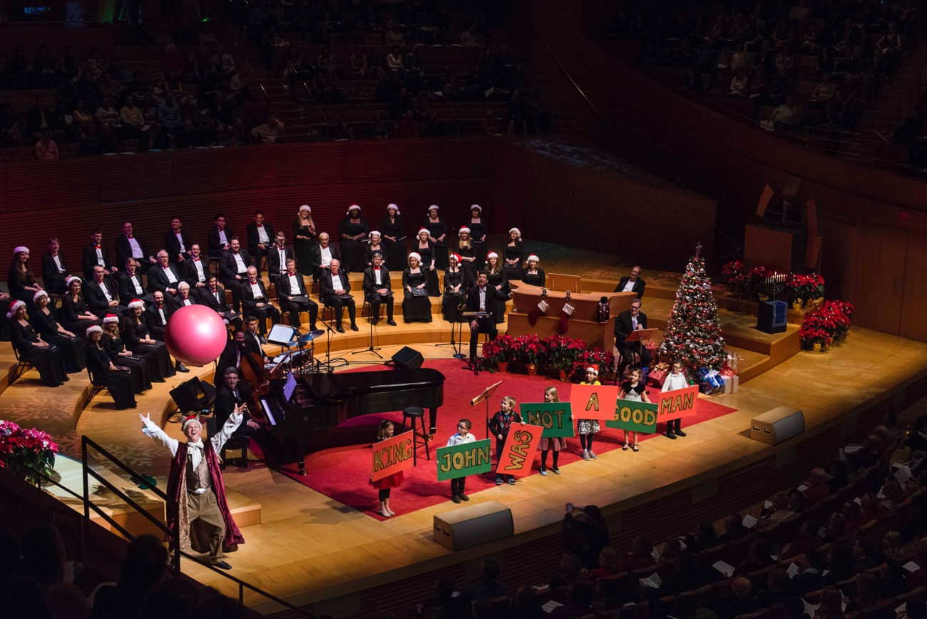 Holiday Sing-Along @ Walt Disney Concert Hall 12/17/16. Photo courtesy of the Los Angeles Philharmonic. Used with permission.