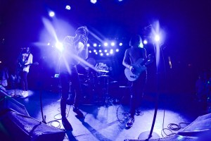 Chase Atlantic at The Roxy 6/21/17. Photo by Derrick K. Lee, Esq. (@Methodman13) for www.BlurredCulture.com.