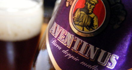 Schneider Aventinus (aka Monkey Beer) in action at the Pembury