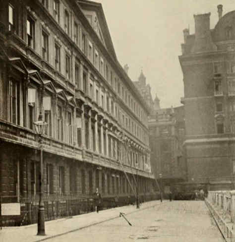 Adelphi Terrace off the Strand, 1906.