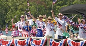 creating successful events_russell marine_boat parade-620x330