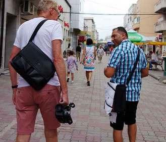 Romanian pickpockets in Romania
