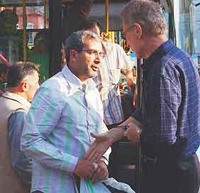Istanbul pickpockets: With no common language, Bob Arno's interrogation of this pickpocket in Istanbul did not go far.