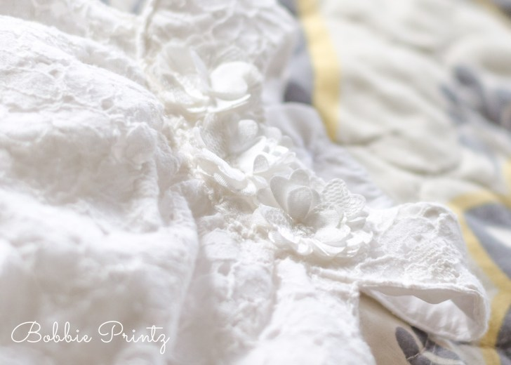 Newborn-dress-white-baby-minneapolis-photographer