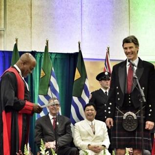 Mayor takes oath, Dec. 8, 2014