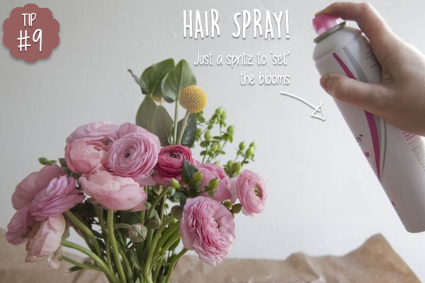 Keep-cut-flowers-looking-fresh-with-hair-spray