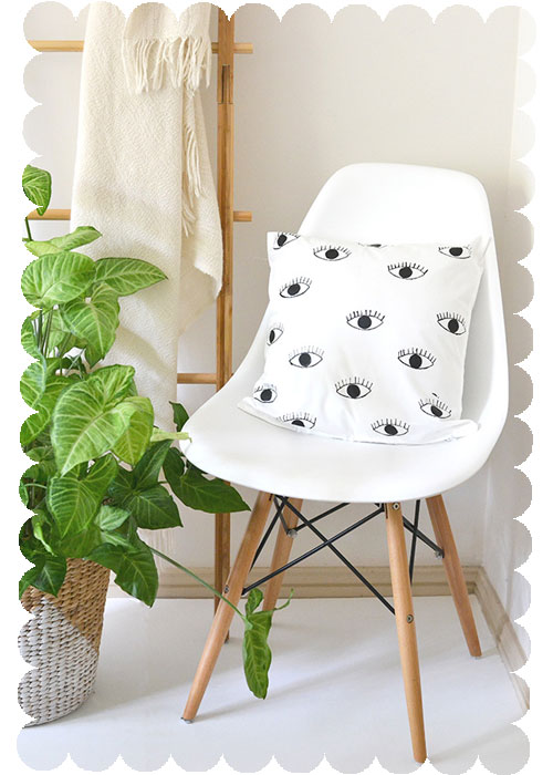 DIY-Throw-Pillow-Eye-Print copy