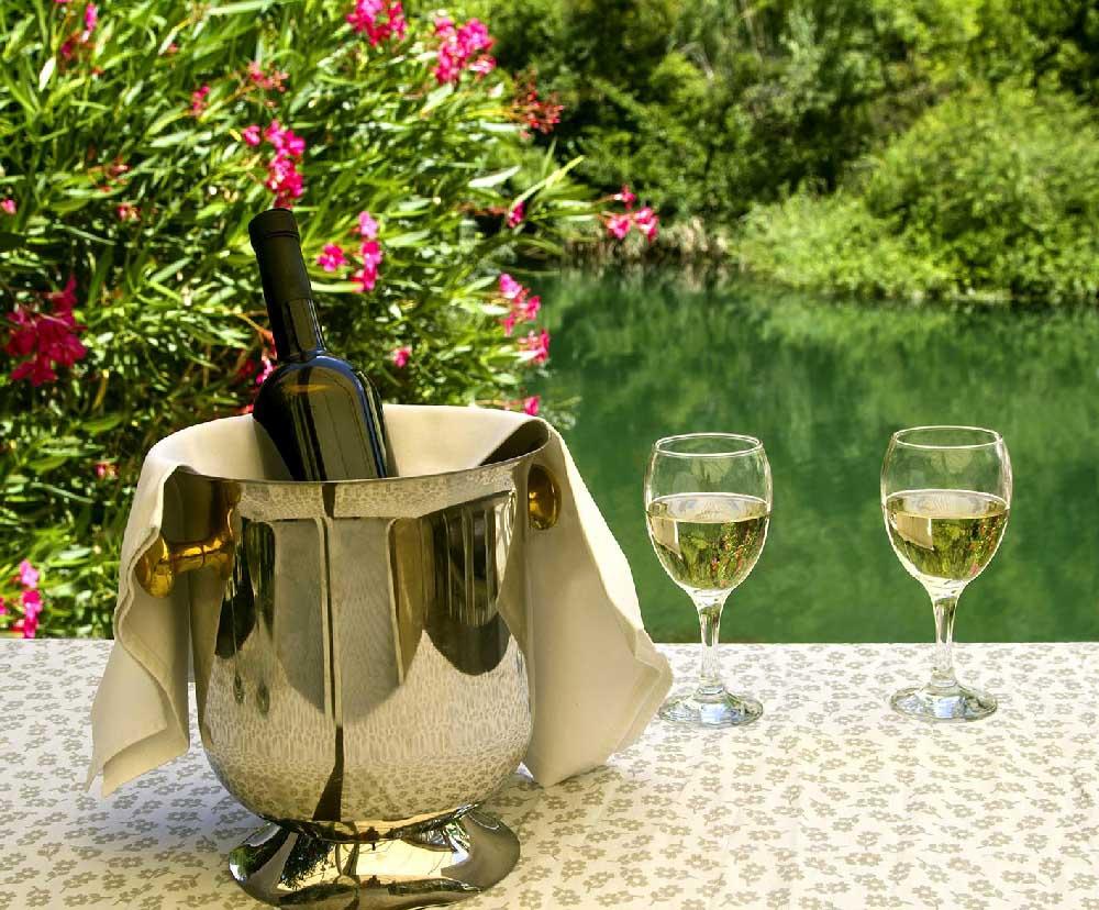 WINE TASTING IN OMIŠ! Treat Yourself to Wine Tasting in Omiš