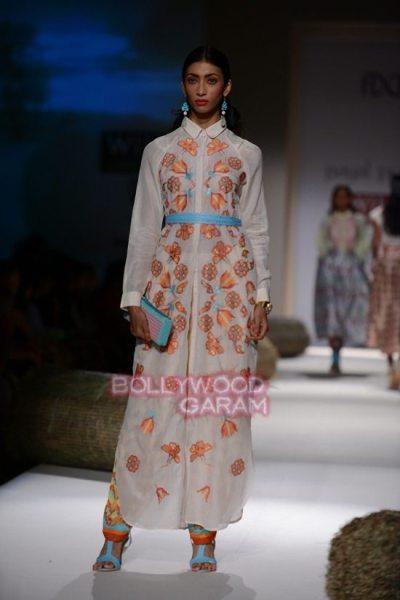 Wills Lifestyle India Fashion Week 2015 Photos - Payal ...