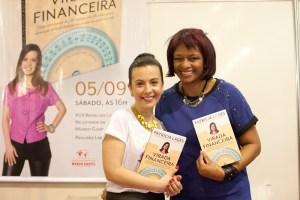 Monica Soares, amiga de looooonga data!