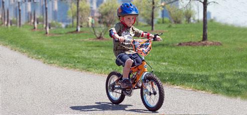 Kid_bicycle