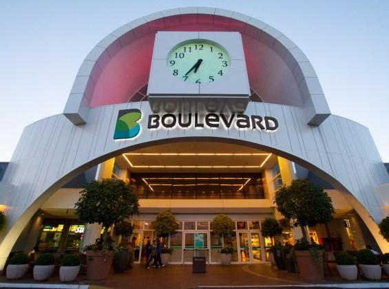 Boulevard_Strip_Center-112