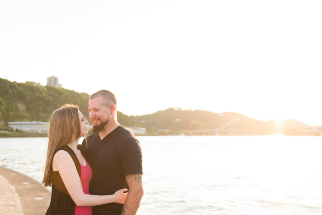 Sunset engagement session at Point State Park