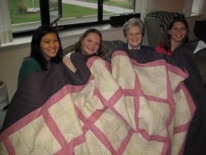 08 girls w quilt and mary ellen 2 IMG_2209