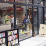 本屋探訪記vol.75:松陰神社前の「nostos books」は商店街的コミュニティーに根付くことを目指す