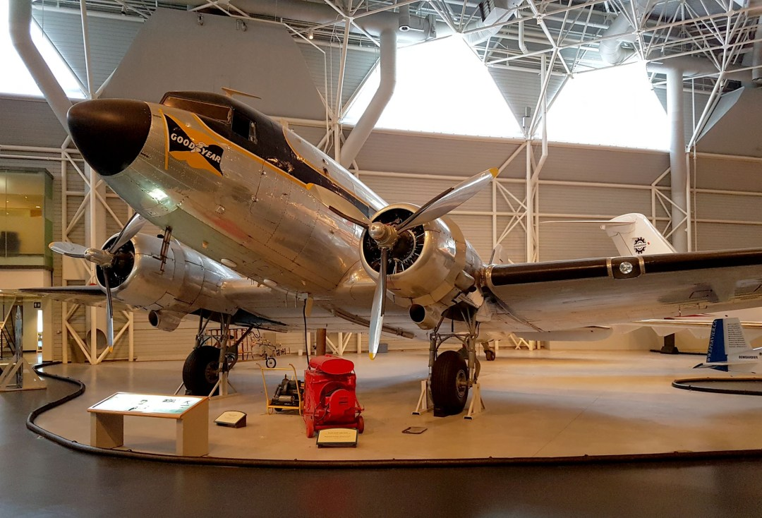 Douglas DC-3 for boomervoice