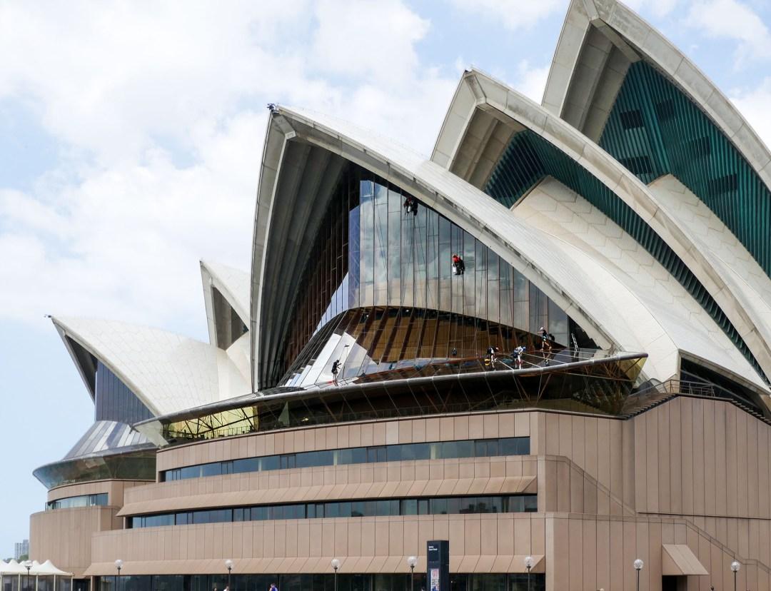 Window washers on the Sydney Opera House