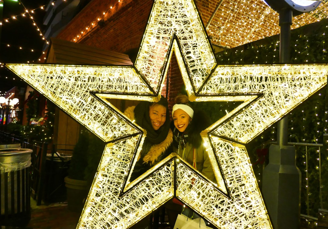 Star selfie at the Toronto Christmas Market for boomervoice