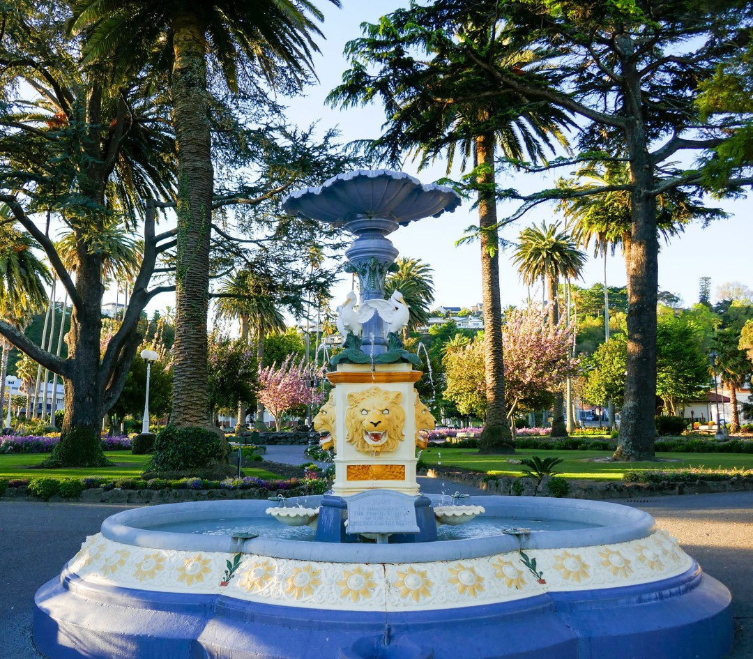 Lion Fountain in Napier New Zealand for boomervoice
