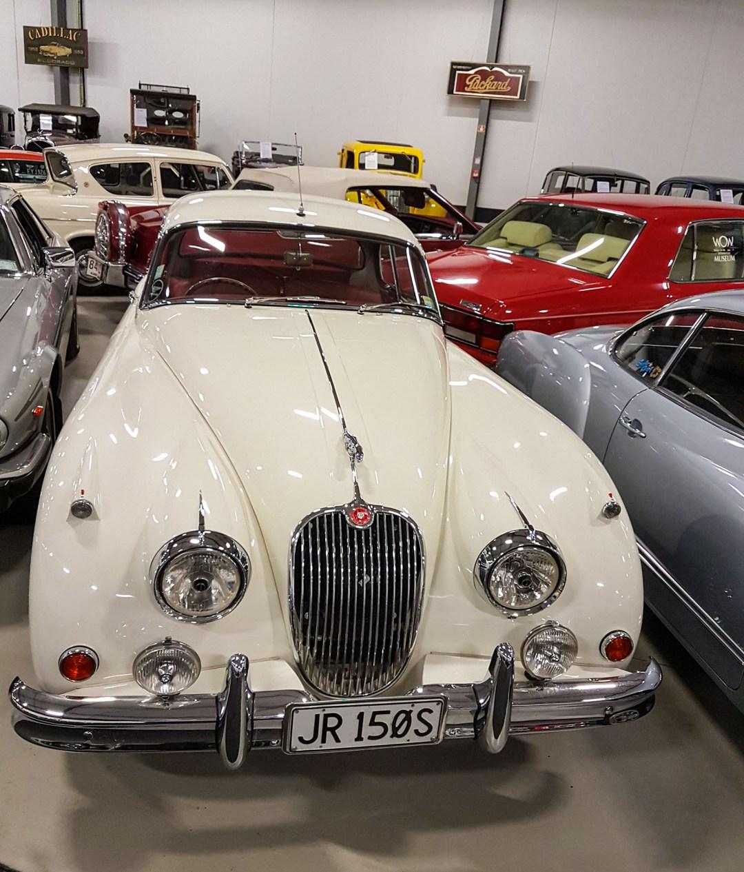 Jaguar Mark II at WOW Classic Cars for boomervoice