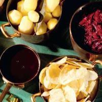 Hjemmelavet rødkål og brun sauce a la juleaften