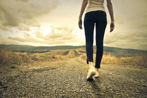 woman_walking_long-road-600x400