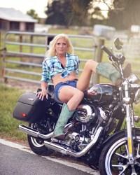 Biker Babes Kristy Kufchak