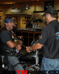 Manatee-Harley-10th-Anniversary-05-09-15--(215)