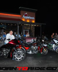 Michael-J-Whitney-Tweaked-Applebees-Bike-Night-1-12-2017--0038