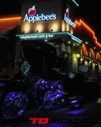 Michael-J-Whitney-Tweaked-Applebees-Bike-Night-1-12-2017--0151