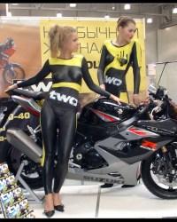 girls_with_a_sport_bike_by_l_llskynetll_l