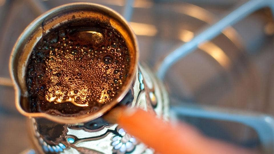 Варим кофе в джезве