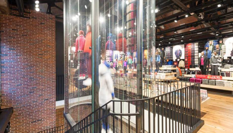 Shawmut design and construction completes uniqlo flagship in boston s faneuil hall boston real for Garden city stores ri