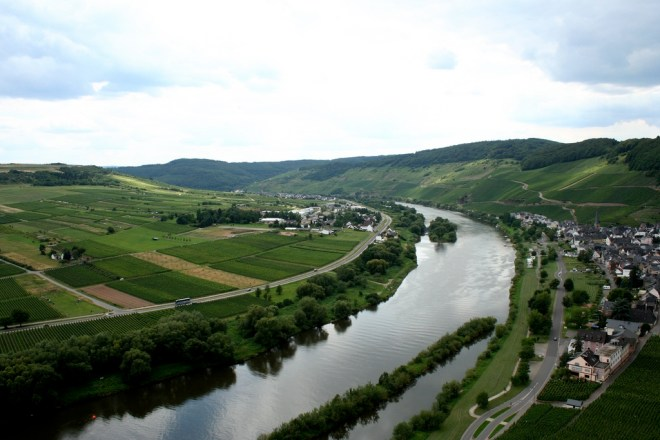 Photo Credit: Cole, Megan; Mosel, Germany [Photograph] taken on June 30, 2011. Retrieved from http://tinyurl.com/lvgo7mh