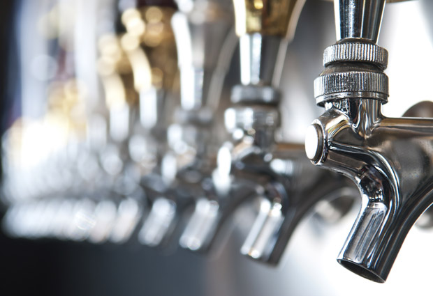 ESQ_beer-taps_101414_630_l