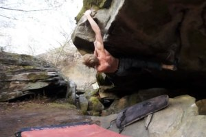 Apprhension 7C+, Bouldering in Fontainebleau