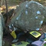 Daniel Olausson boulders Katioushka gauche 7A+, Les Béorlots