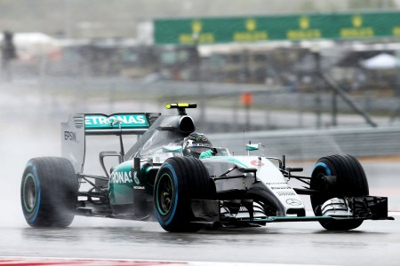 Rosberg on pole in truncated Sunday qualifying