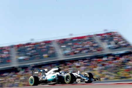 Lewis Hamilton beat teammate Nico Rosberg to pole by 0.2 seconds in Austin.
