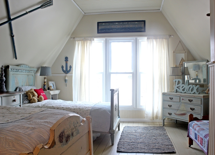 Kids' Nantucket themed room