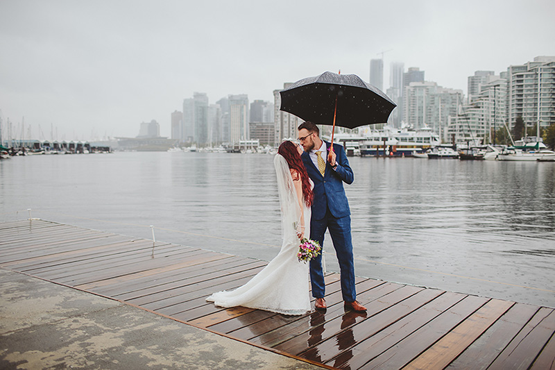 katie-eric-vancouver-rowing-club-wedding-booyoum-photography-561