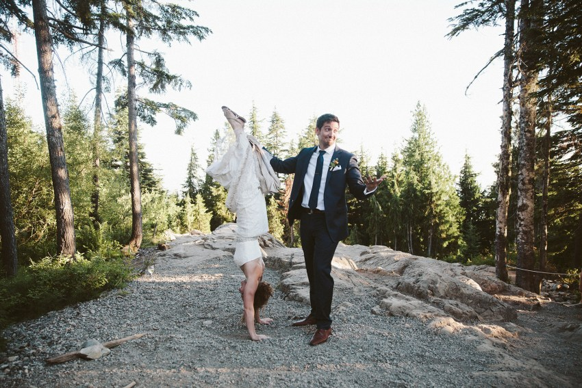 bride hand stand on grouse mountain