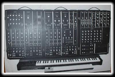 MOOG Synthesizer IIIp