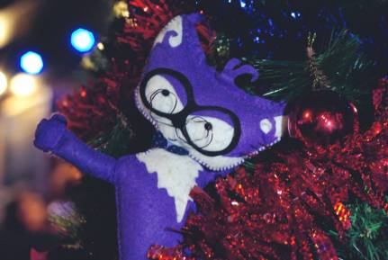 motanov in the christmas tree