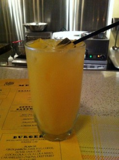Screwdriver: Vodka and Orange Juice