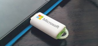 Nový Windows 10 bude dodávaný aj na USB
